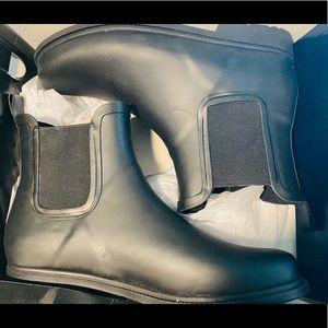 J Crew rain boots Size 10
